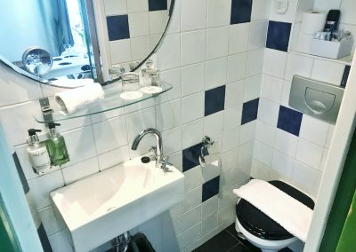 2018.05 K1 Toilet